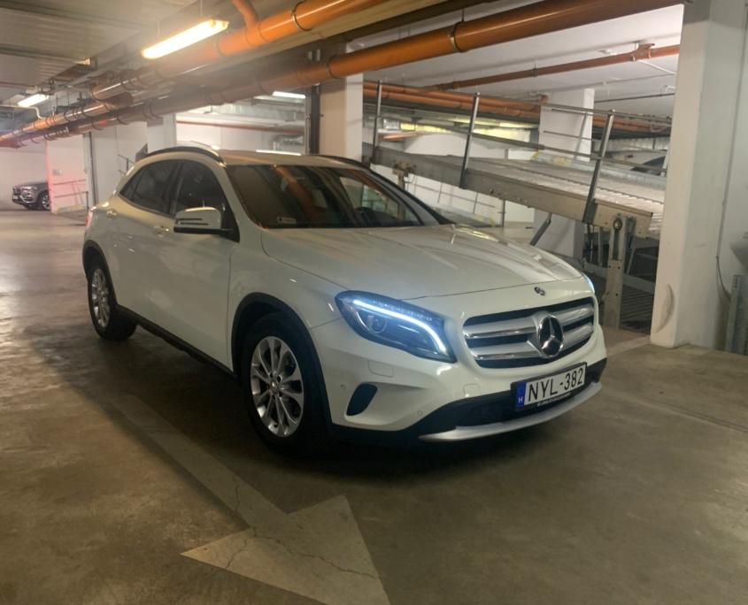 Mercedes-Benz GLA 200d 4M<br /> (AUTOMATA)