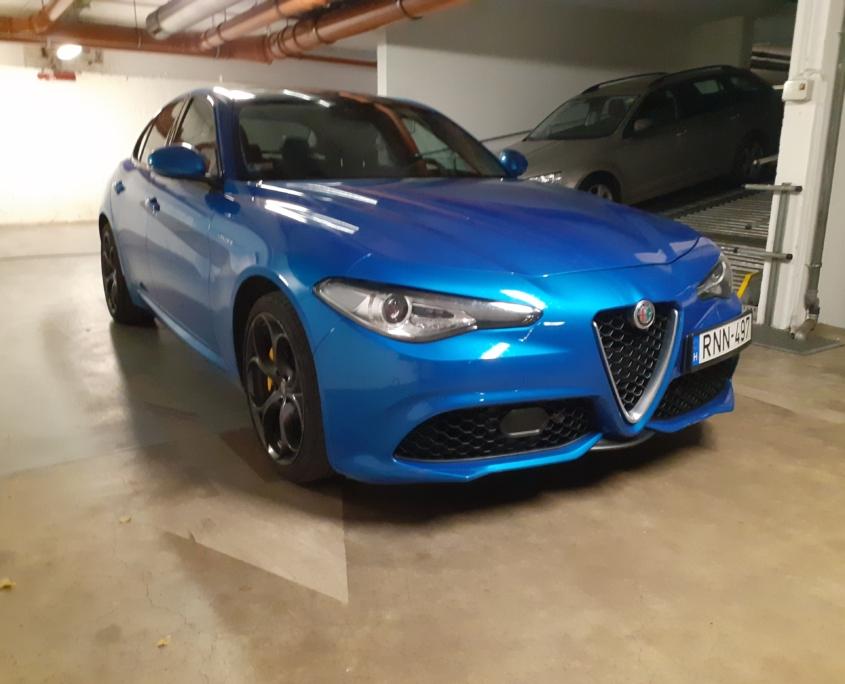 Alfa Romeo Giulia Veloce Q4<br /> (AUTOMATA)