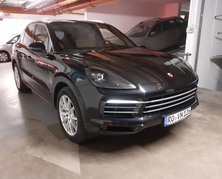Porsche Cayenne<br /> (AUTOMATA)